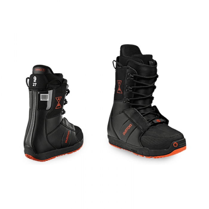 Junior snowboard boots